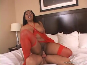 Janet Jacme bounces her pussy on this hard dick