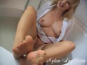 Wet nylon fun in the bath