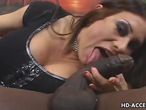 Mature MILF takes on big black cock