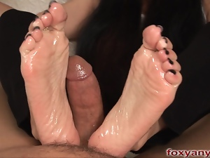 Foxy Anya Scary Footjob Nightmare