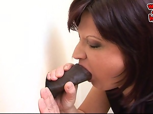 Gloryhole turns reality for horny mature woman