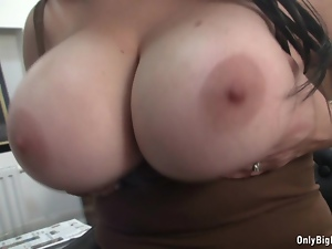 Faith Bloom POV Suck & Titty Fuck