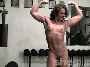 Pornstar Inari Vachs Workout in the Gym