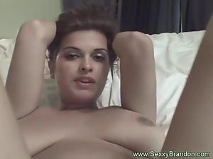 Sexy Brunette Amateur Has Amazing Body