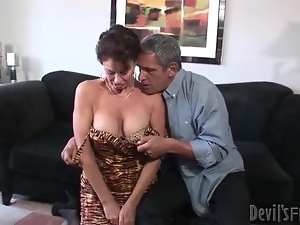 Mature seduces her man and sucks his cock