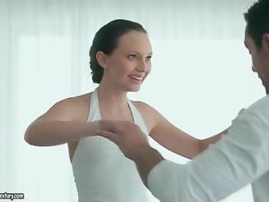 Ballerina Nataly Von kisses her sexy partner