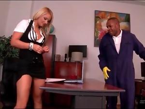 Black janitor blown by blonde secretary