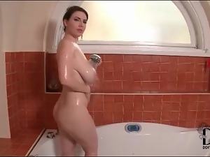 Karina Heart drops her robe and gets wet