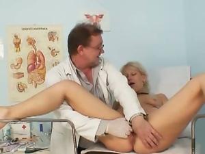 Czech mature samatha chalky pussy exam