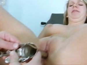 Candie gets her wet pussy gaped