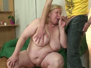 Young dude fucks his gf's huge mom