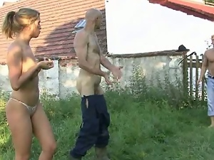 Dad eats a young pussy