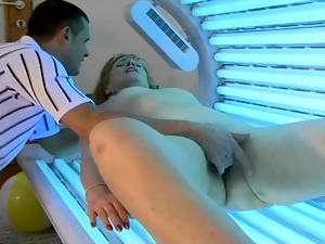 Mature blonde Jamie gets stunningly fucked in the solarium