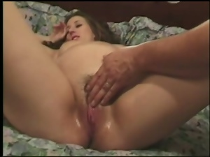Pregnant girl Secret gets her juicy pussy fingered and gives a handjob