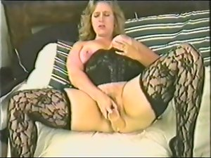 Fat ass milf can't stop inserting herself
