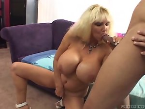 Huge tittied Tia Gunn gets fucked rough by big cocked man