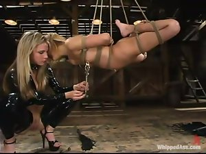 Blond sex slave have learn to get abstract from pain