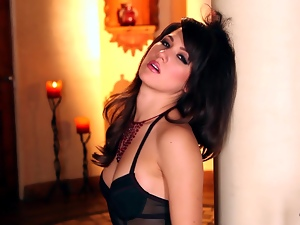 Steaming hot brunette Kimberly Kisselovich is in action
