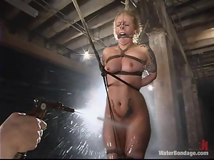 Crazy redhead bitch is having fun over this sexy blondie