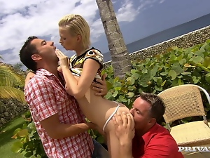 Threesome sex on the beach house with Tara White and her friend