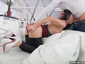 Smoking hot brunette Milena is having a mesmerizing anal sex