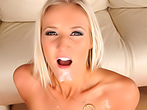 Hot cum facial