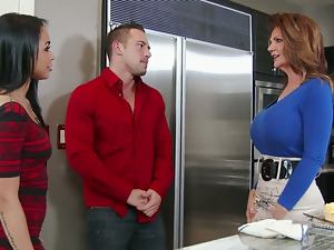 Deauxma Gulliana Alexis Johnny Castle in My Friends Hot Mom