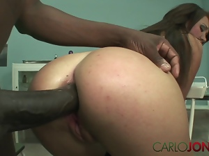 CarloJones Hot babe has pussy and ass stretched