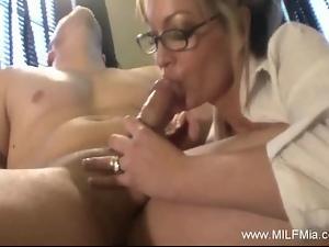Milf Mia Is a Bad Secretary
