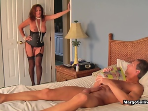 Margo catching her man wanking