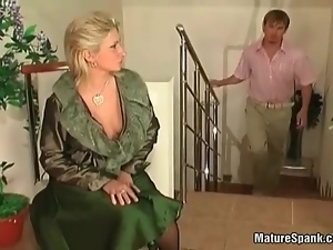 Matue slut feeling very horny