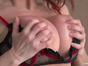 LiveGonzo Taylor Wane Busty MILF Wants More Sex