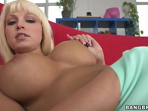 Drop dead gorgeous blonde fucked and facialled