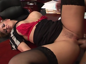 Nicole Aniston enjoys getting her moist pussy slammed