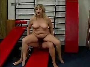 german milf in gym