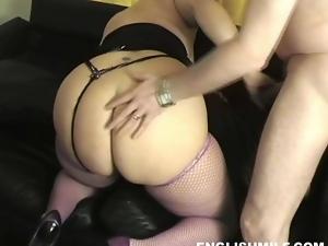 Hot blonde UK MILF fucks with well hung stud