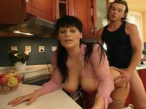 Milf jugs 7 part1