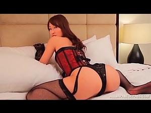 Full lingerie set is smoking hot on Japanese girl