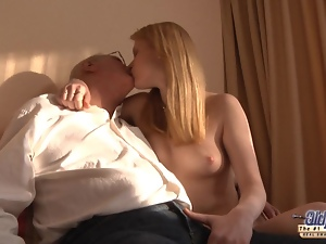 Horny redhead girl gets a sex sale from an old man