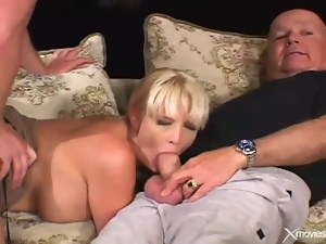 Cuckold video with wife blowjob and hardcore sex