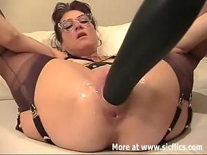Giant Porn