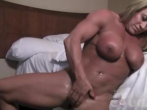 Mature Female Bodybuilder Fingers Her Big Clit