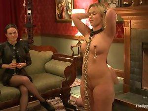 Three sexy chicks in an amazing bondage video