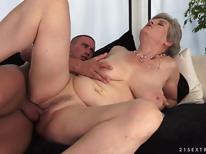 Lustful granny Aliz gets her cunt licked and fucked by a young stud