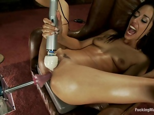 Slim and pretty Lyla Storm gets toyed in a classroom