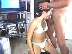 Sexy amateur babe gives a real hot blowjob