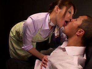 Yuuna Takizawa sucks some guy's dick and gets jizz on her tongue