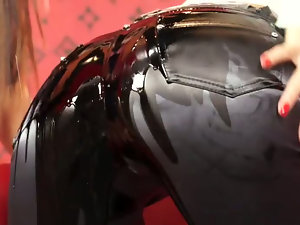 OIL ME DOWN AND GET ORGASMATIC. Part 2