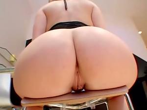 big booty moms scene 1