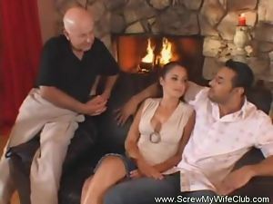 Swinger Housewife Wants More Sex